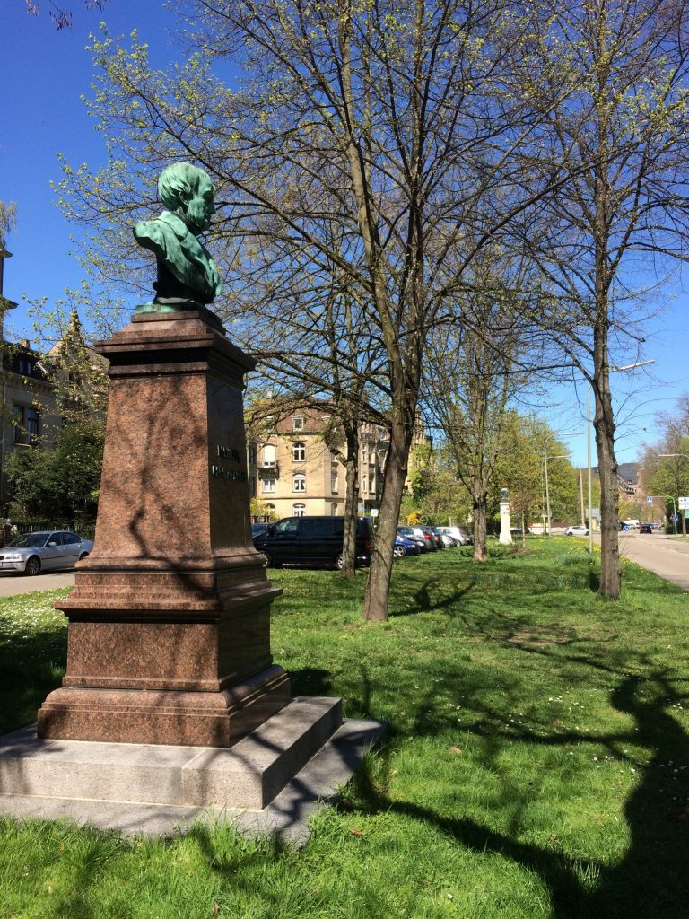 Denkmäler Drais und Benz